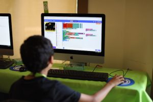 برنامه نویسی کامپیوتر برای بچه ها چیست؟